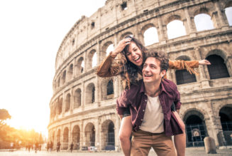Quiero viajar, ¿me conviene ahorrar o pedir un crédito?