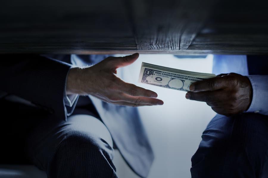 Claroscuros en el combate a la corrupción