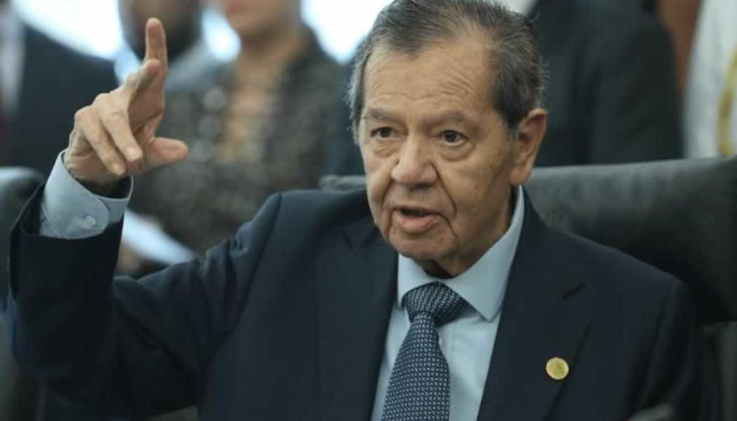 """""""Lambiscones"""" quieren entregar el INE al gobierno: Muñoz Ledo"""