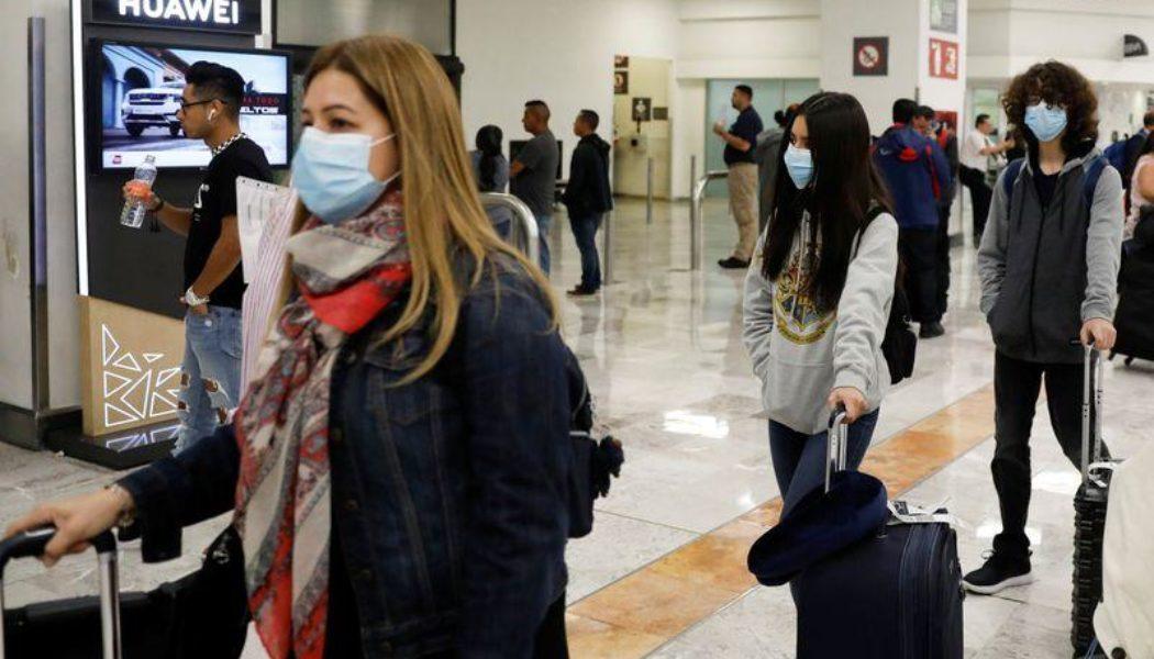 Se cuelan viajeros contagiados de coronavirus ante la ausencia de filtros sanitarios