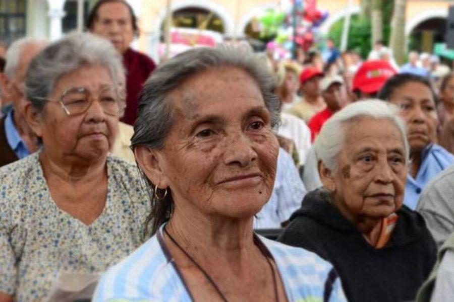 Adultos mayores, los más sensibles al Covid-19