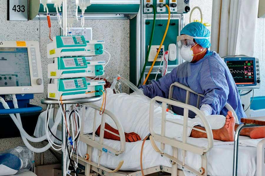 Se saturan camas de terapia intensiva en CDMX y Edomex