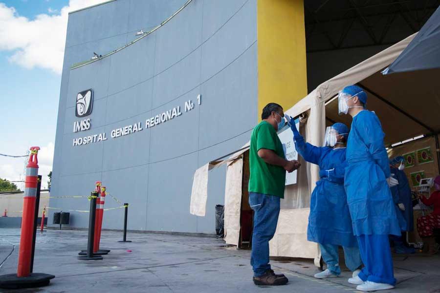 Personal médico fallecido por COVID-19 no es reconocido por autoridades