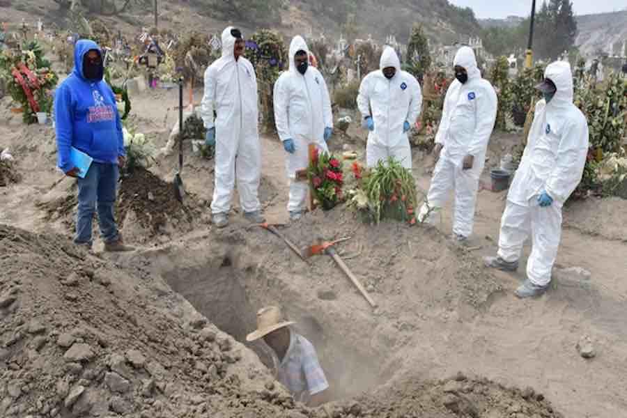 De mantener tendencia, México cerrará el año con 138 mil muertes por Covid-19