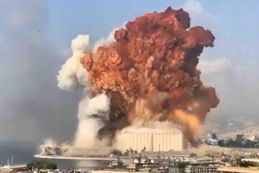 Se reporta fuerte explosión en el puerto de Beirut