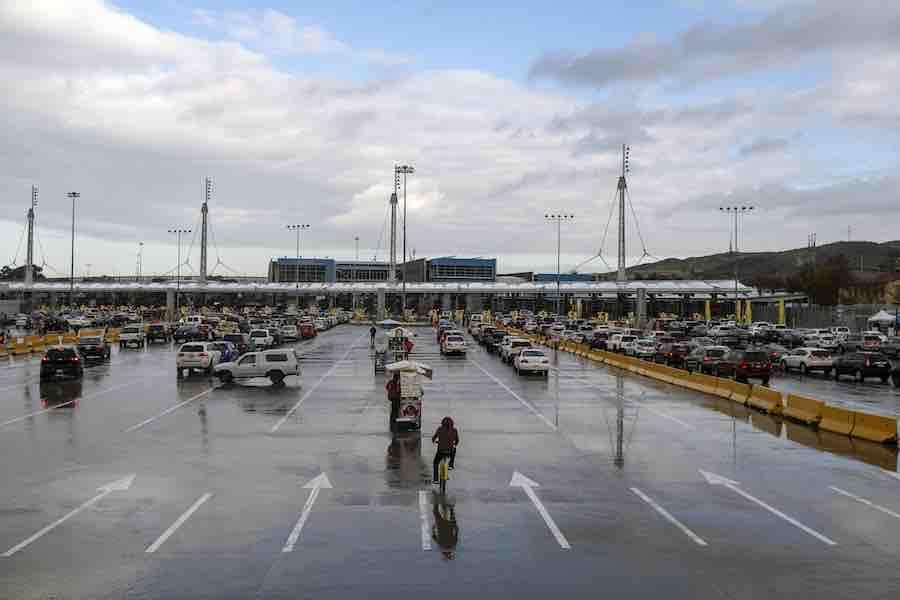 Estados Unidos pide no viajar a México por Covid-19 e inseguridad