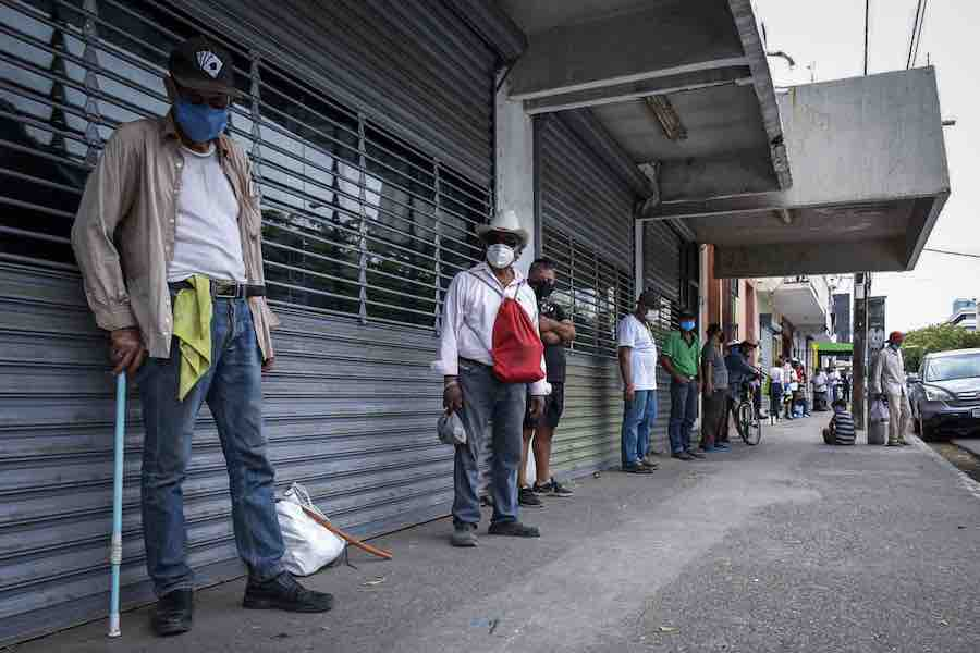 Pandemia ha dejado más de un millón de desempleados