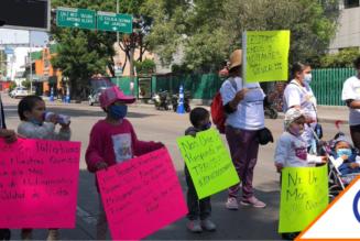 #Salud: Padres y niños con cáncer exigen medicamentos frente al hospital La Raza