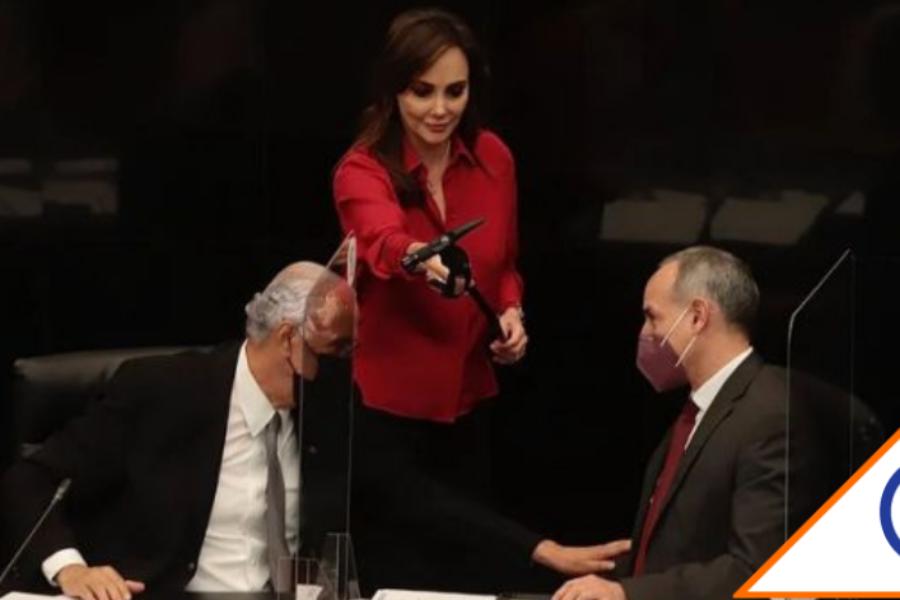 """#Viral: Lilly Téllez llama """"pequeño virrey de las camas vacías"""" a López-Gatell"""