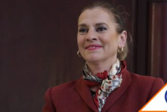 #ByeByeZopilota: Revientan a Beatriz Gutiérrez tras arremeter contra la prensa