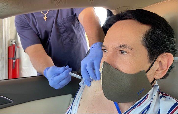 """Por casos de  """"Turismo de vacunación"""". Florida endurece medidas."""