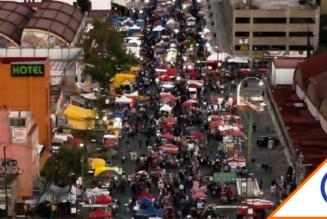 #CDMX: Comercio informal sin sanción, saturan calles en semáforo rojo por Reyes