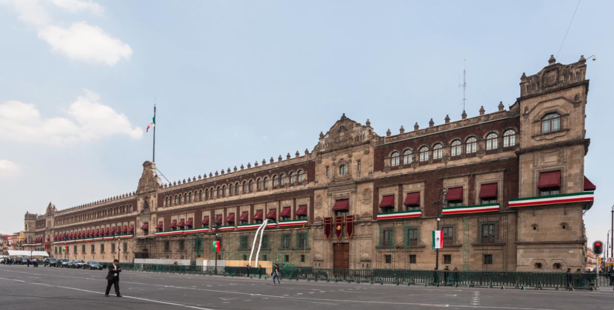 ¿Es austero vivir en Palacio Nacional?: Esto cuesta el hogar de AMLO