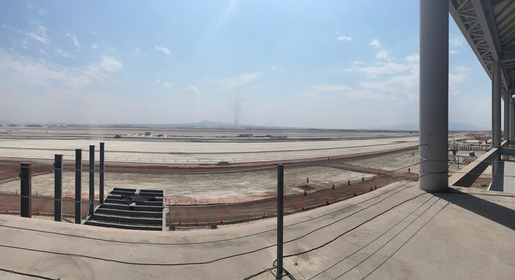 Sin transparencia y con aumento en los costos, la construcción del nuevo aeropuerto en Santa Lucía