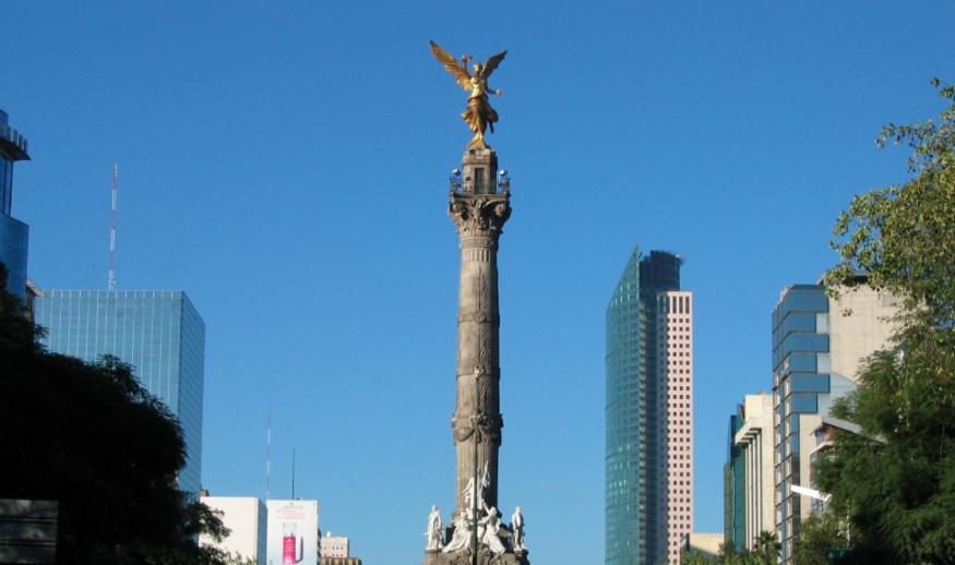 México en riesgo de perder el grado de inversión de dos calificadoras