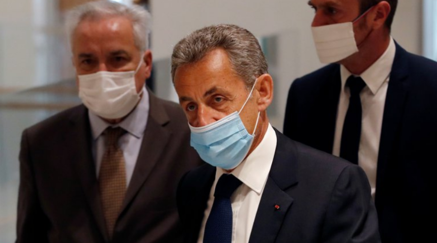 Nicolas Sarkozy ex presidente de Francia condenado a prisión por corrupción